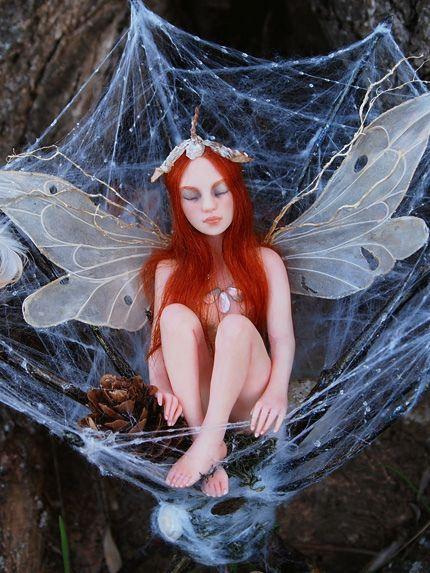 ooak-fairy-in-web